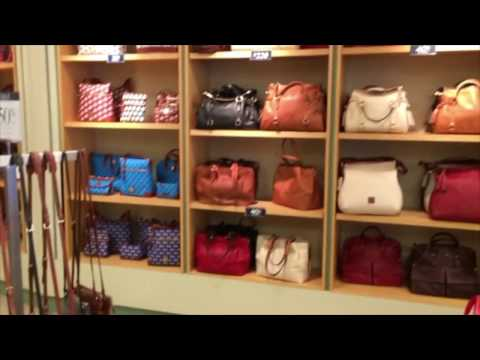 Williamsburg Trip: Episode #1- Chit Chat, Peek at the Pottery, Dooney & Bourke, and Little Haul