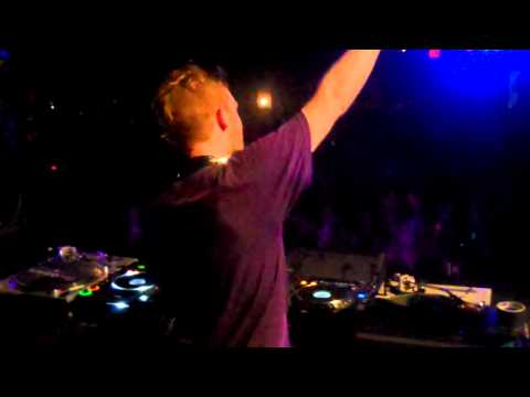 Rusko playing Hold On in Houston Texas