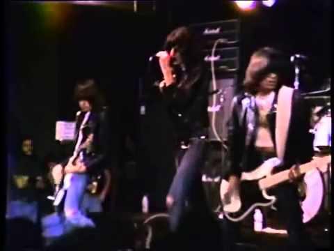 CBGB's , Ramones live, 1977