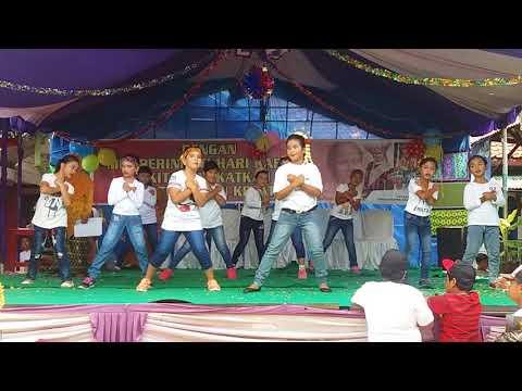 "Kepompong Kls 3 SD ""Elisabeth Keisya"" Kartini Day 210418"