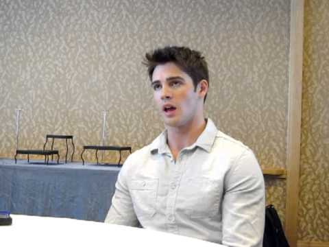 Interview with Vampire Diaries Steven R. McQueen, Comic-Con 2012