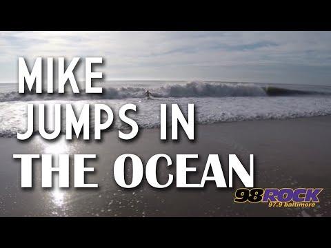Beach Bash 2017 - Mike Jumps In The Ocean