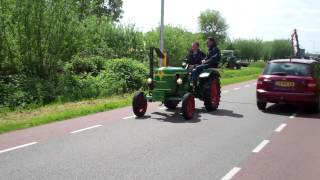 huge convoy of 300+ old farm tractors , O.P.A. , Kamerik 2015 NL.