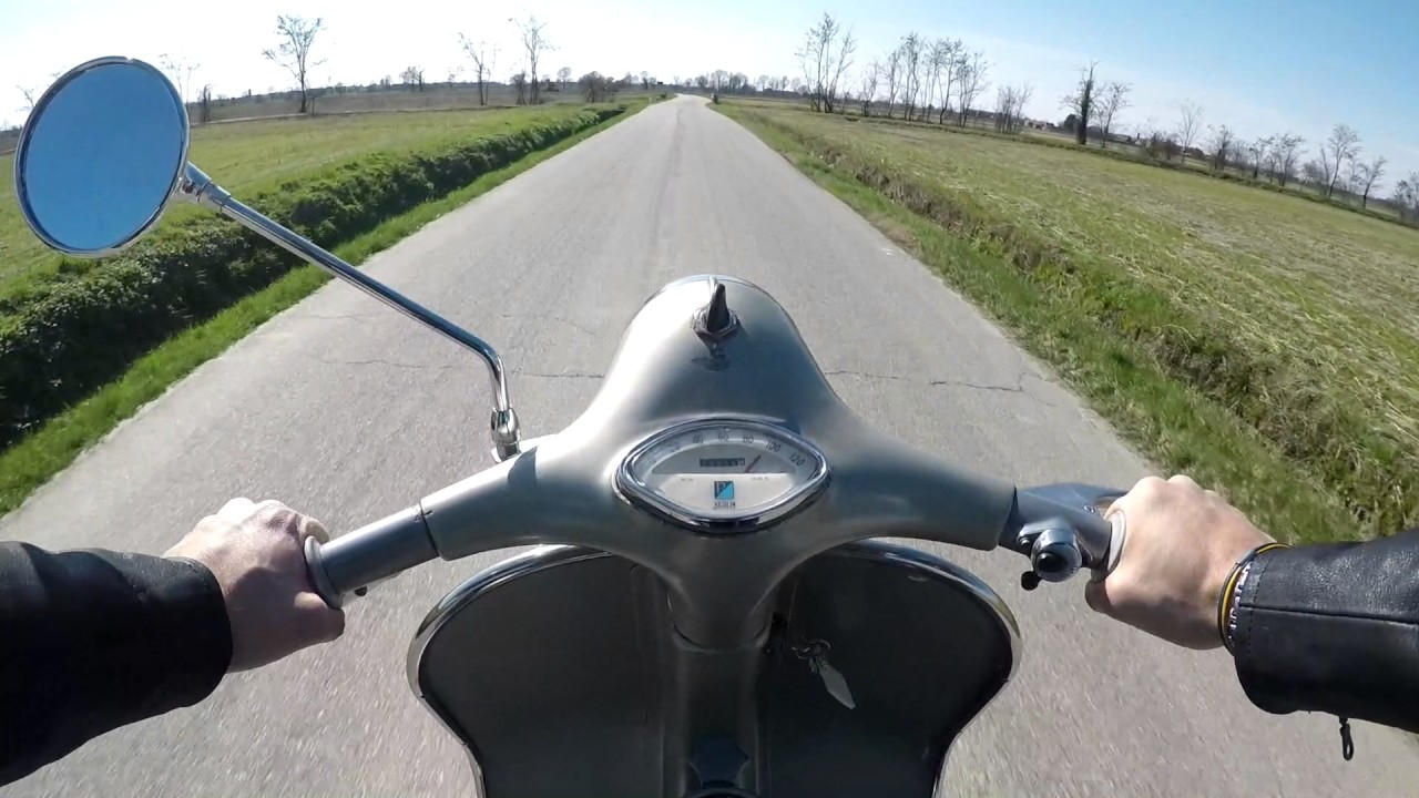 Riding Vespa Gran Sport 150cc 1961 Youtube