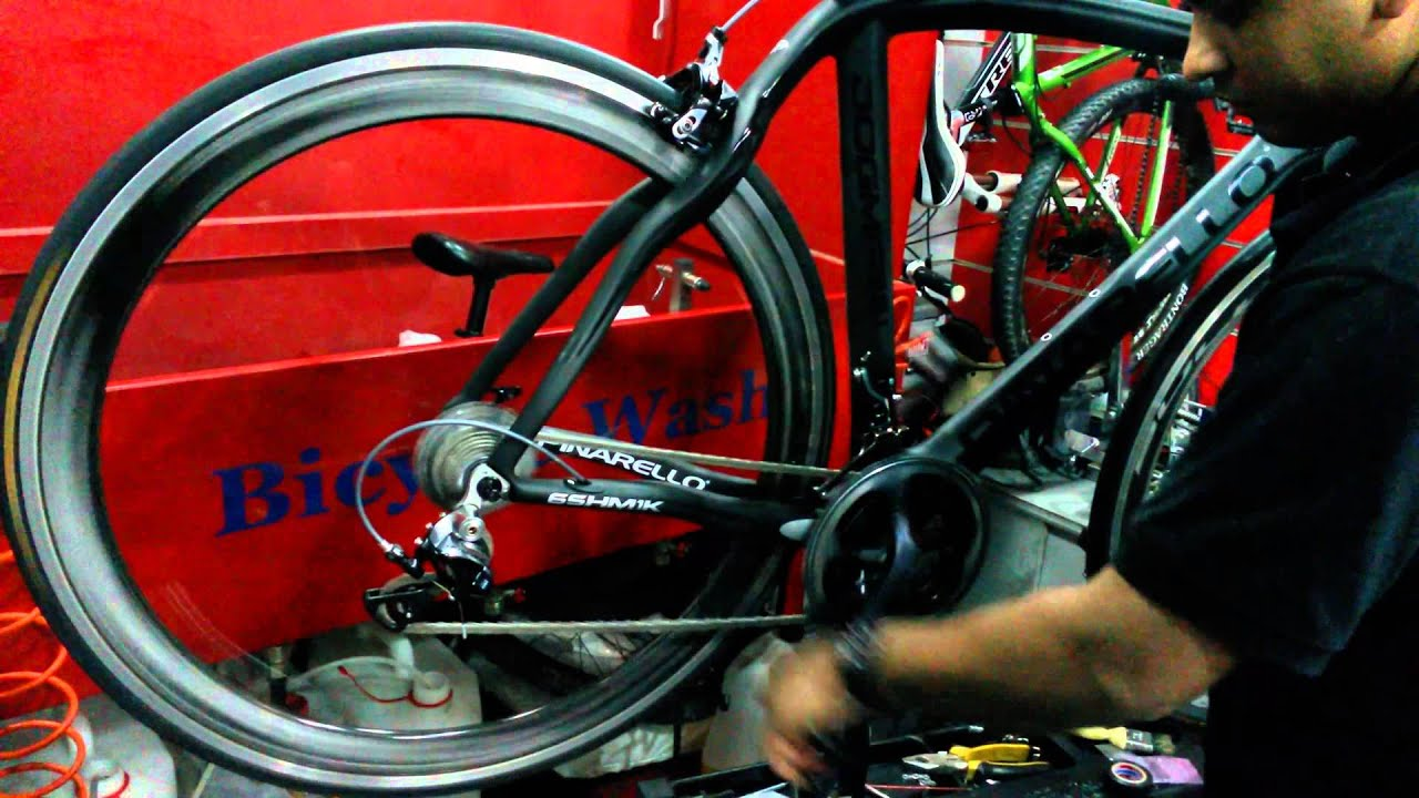 Campagnolo Bullet Ultra Cult on Pinarello Dogma 65.1 - YouTube