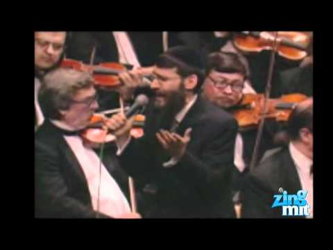 Avraham Fried Sings Ani Mamim In Concert