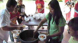 Feeding Children in Poipet