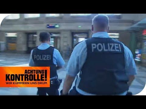 Notruf für die Bundespolizei: Bedrohung durch Mann mit Messer! | Achtung Kontrolle | kabel eins