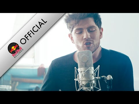 Twin Atlantic – Hold On (Official Music Video) Mp3