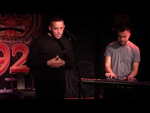 """Dermot Kennedy """"Moments Passed"""" (Live in Sun King Studio 92 Powered By Teachers Credit Union)"""
