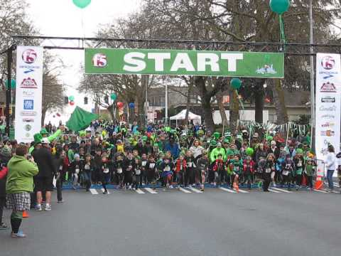 Seattle St. Patrick's Day Dash 2013 Race Start Leprechaun Lap