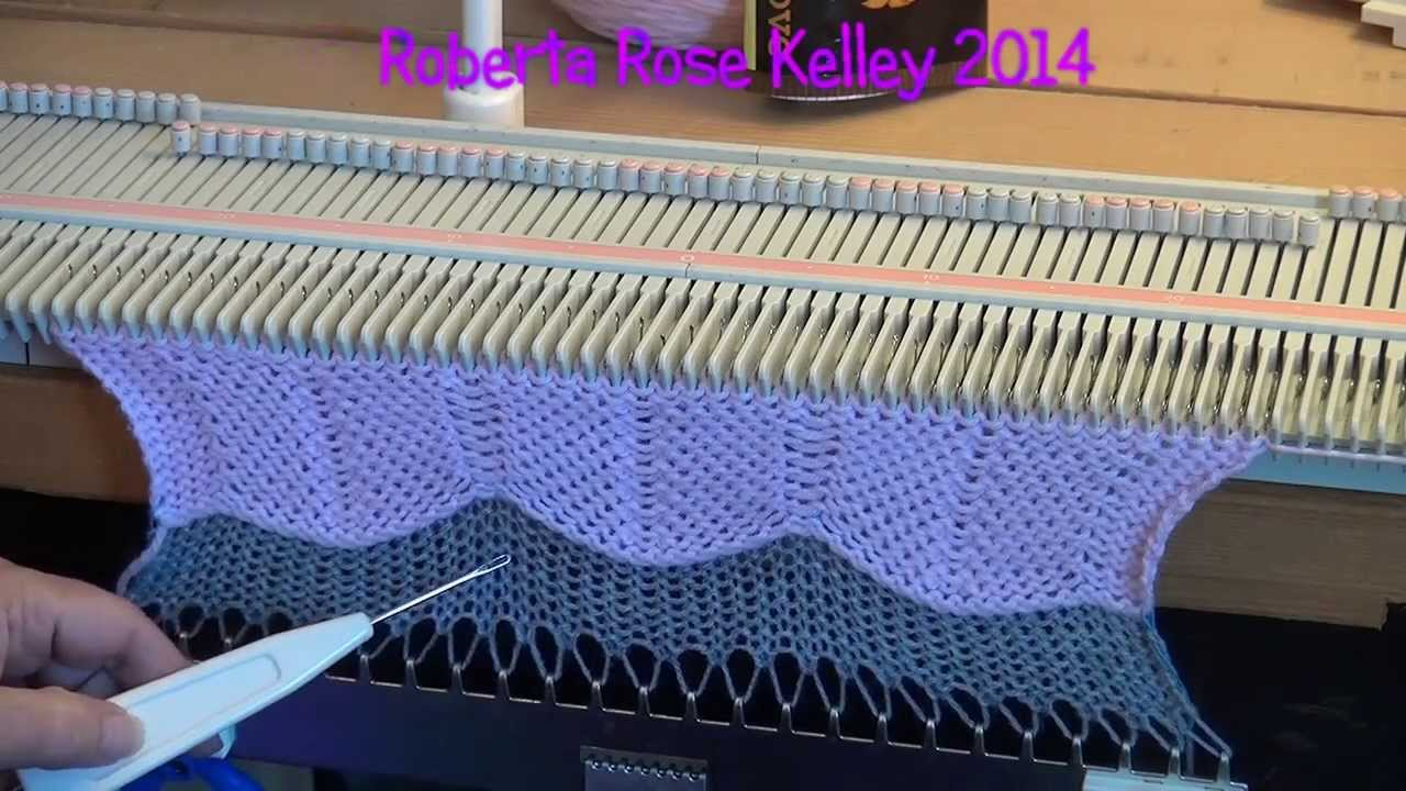 Knitting Machine Knitting