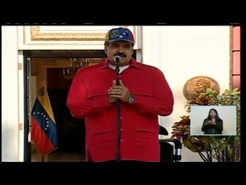 Nicolás Maduro recibe la marcha en rechazo al bloqueo financiero de EEUU contra la patria