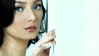 Download Mp3 RobinHood feat Asmirandah - Salahkah Kita