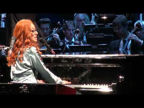 Tori Amos - Winter - Live at Royal Albert Hall (London 2012) HQ