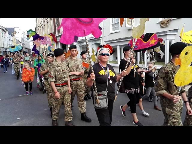 Barnstaple childrens carnival parade, 17/09/16