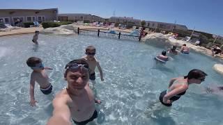 La piscine du Camping Belle Dune à 5 etoiles, video 1.