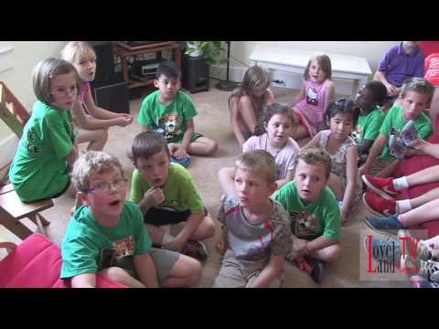 Ms  Miller's Class singing EET song
