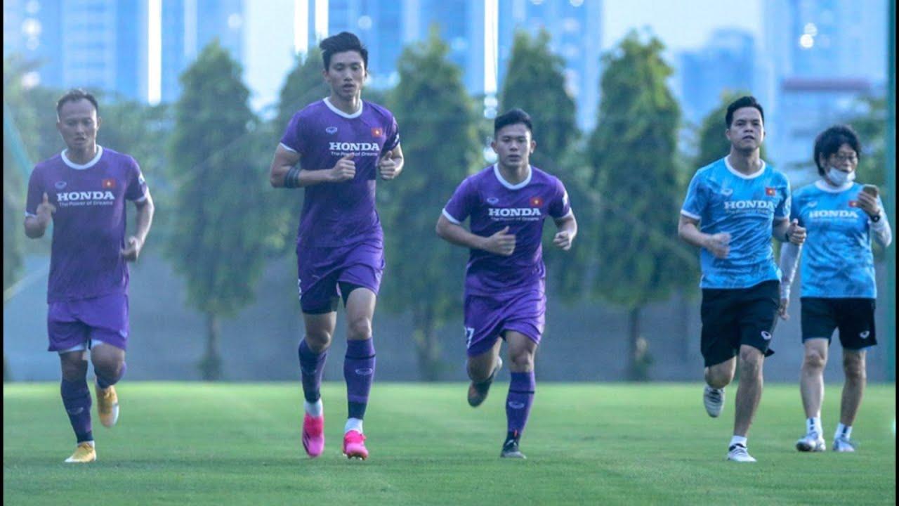 Vì sao Văn Hậu, Trọng Hoàng chấn  thương mà vẫn được HLV Park gọi lên đội tuyển Việt Nam?
