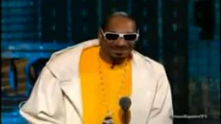 Repeat youtube video The Roast Of Donald Trump   Snoop Dogg Segment viewer discretion advised
