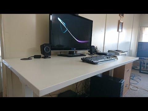 Having a look at the J.Burrows Matrix Office Desktop
