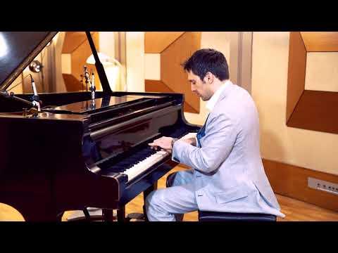 Honeysuckle Rose (Fats Waller)  - Scott Bradlee Stride Piano