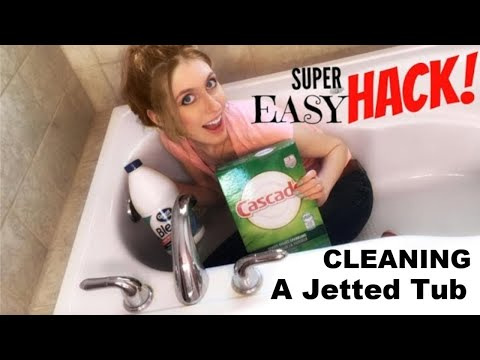 HOW TO CLEAN A JET TUB | CLEANING A JETTA WHIRLPOOL JETTED BATHTUB | EASY BATHROOM CLEANING HACK