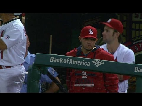 CIN@STL: Cards broadcasters on Molina's injury