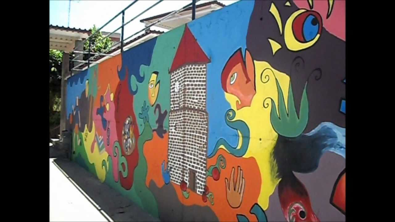 Mural escolar youtube for Mural alternatywy 4