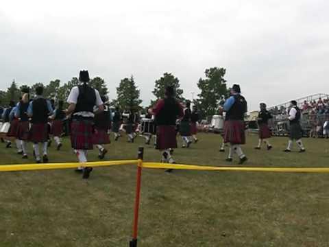 Red Deer highland games massed bands exit
