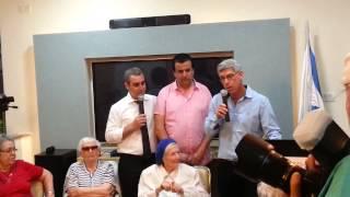 Maccabi Tel Aviv owner Mitch Goldhar visits Yad Ezer L'Haver