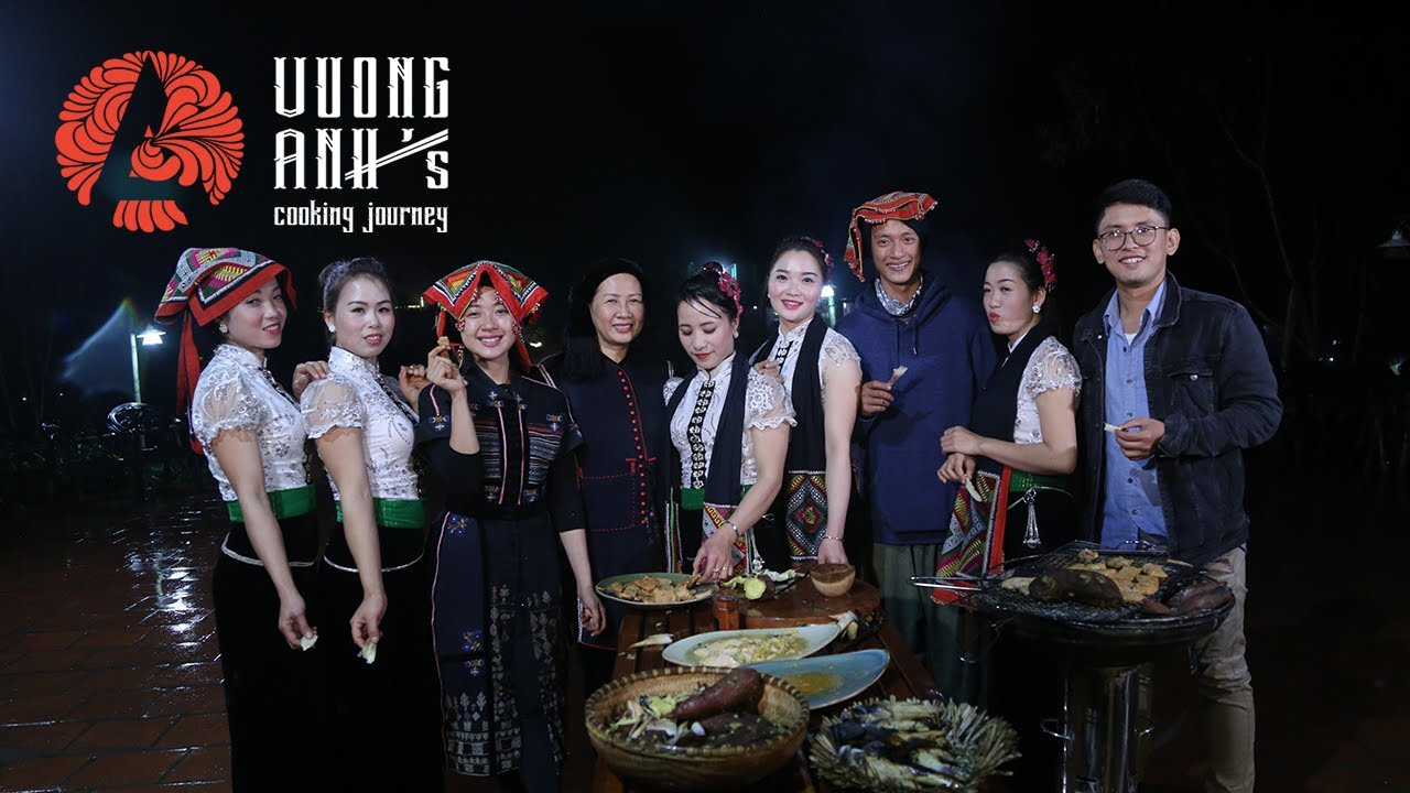 Dancing and BBQ party with Thai ethnic minority in Moc Chau, Vietnam