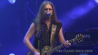 """Dire Straits """"Money For Nothing"""" performed by The Classic Rock Show"""