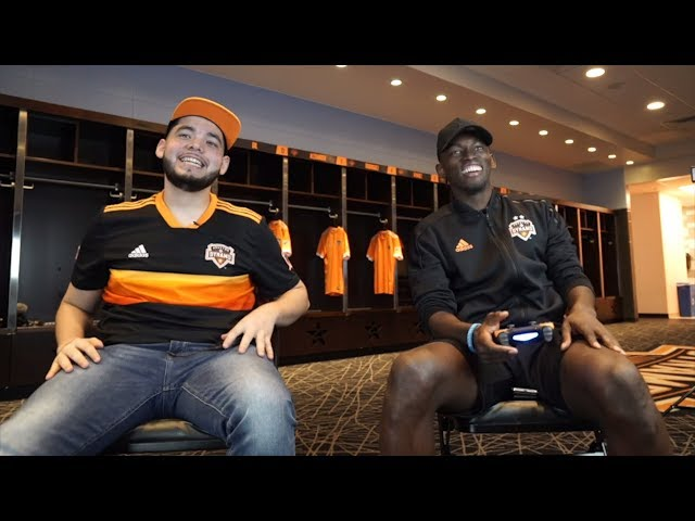 Kid M3mito gives Alberth Elis a lesson in FIFA 19