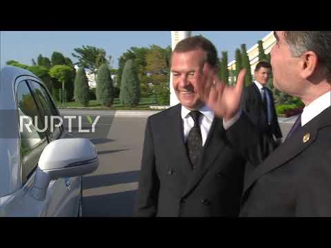 Turkmenistan: Medvedev Meets Turkmen President Berdimuhamedow At Caspian Economic Forum