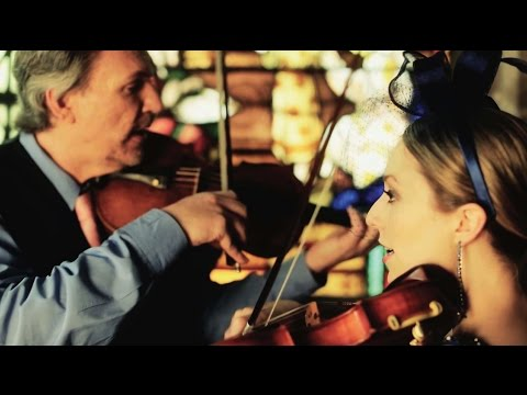 Swing Low, Sweet Chariot - Mark & Maggie O'Connor (official video)