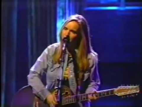 Melissa Etheridge  Bring Me Some Water MTV Unplugged