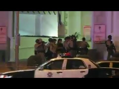 Las Vegas Strip manhunt for multiple gunmen, one hour after Mandalay Bay shooting