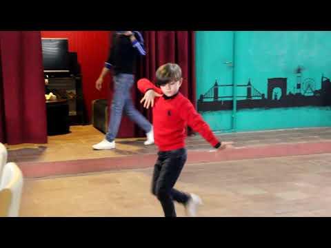 Мальчик Классно танцует Лезгинку 2019 (Sakir Balaken Lezginka)