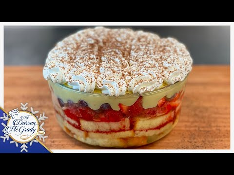 TRADITIONAL ENGLISH TRIFLE - THE PERFECT CHRISTMAS DESSERT