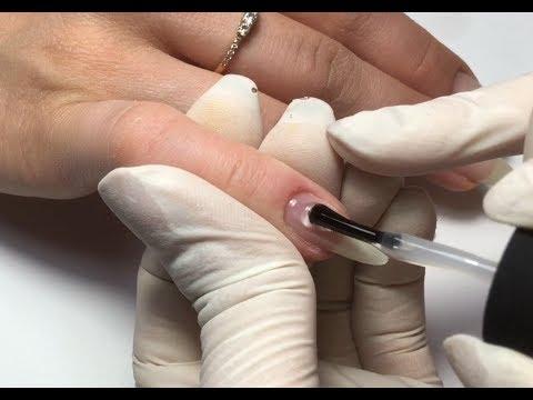 Этапы покрытия ногтей гель-лаком // Красный френч // Стразы