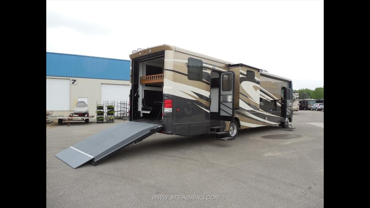2015 Newmar Canyon Star 3920 Toy Hauler New Features