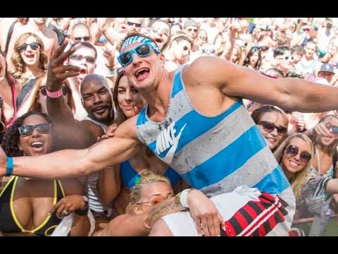 DJ 4eign - Gronk Bringing The Wildness As He Plays Host In Miami During Super Bowl