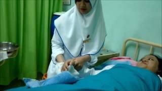 Cara Memandikan Pasien