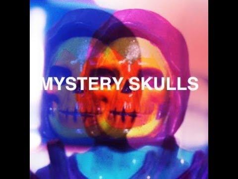 mystery-skulls-ghost-glitchednight