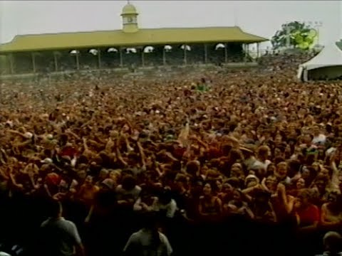 Livid Festival 1997 | Reef, The Bloodhound Gang, Spiderbait, Powderfinger, Devo