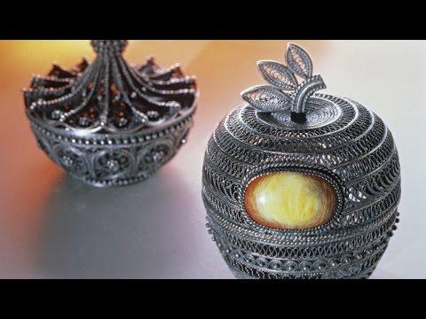 Russian handicrafts: Kazakovo filigree metalwork
