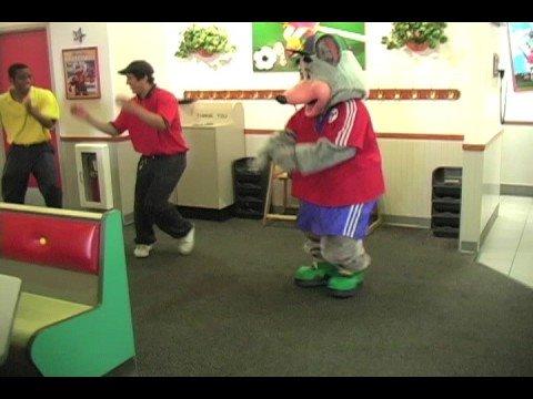Chuck E Cheese Live S: Jumpin