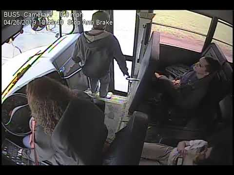 Frito - WATCH: Bus Driver's Quick Reaction Saves Kid's Life