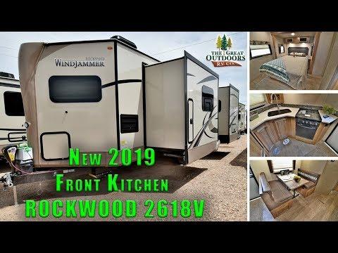 new-2019-rockwood-2618v-front-kitchen-rear-bedroom-camper-rv-travel-trailer-colorado-dealer